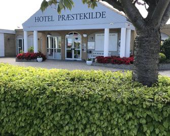 Hotel Præstekilde - Stege - Building