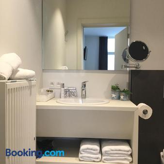 La Maison Bruges - Bruges - Bathroom