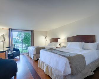Auberge Handfield - Saint-Marc-sur-Richelieu - Спальня