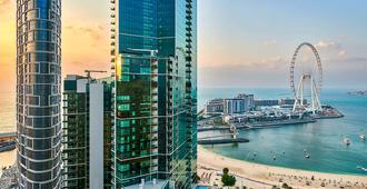 Ramada Hotel & Suites By Wyndham Dubai Jbr - Dubai - Utomhus