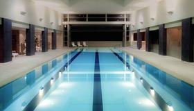 Pullman Auckland Hotel & Apartments - Auckland - Pool