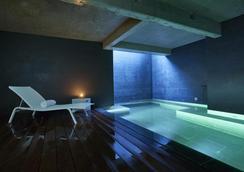 9hotel Sablon - Brussels - Bể bơi