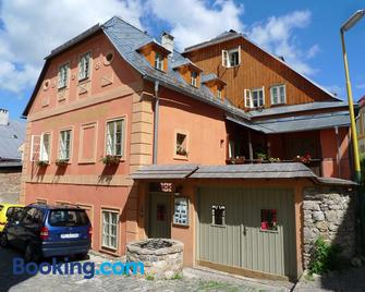 Penzion Nostalgia - Banska Stiavnica - Gebouw