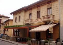 Albergo Sala - Вальброна - Здание