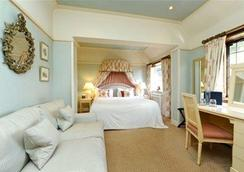 The Montagu Arms Hotel - Brockenhurst - Κρεβατοκάμαρα