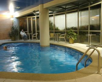 Hotel Diego De Almagro Concepcion - Concepción - Pool