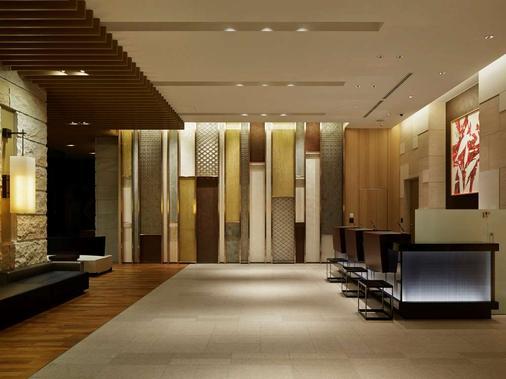 Mitsui Garden Hotel Osaka Premier - Osaka - Lobby