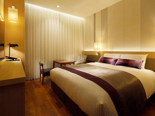 Mitsui Garden Hotel Osaka Premier - Osaka - Bedroom