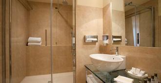 Hotel Accademia - Verona - Phòng tắm