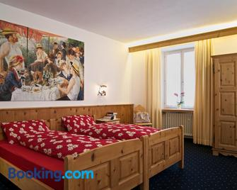 Poschiavo Suisse Hotel - Poschiavo - Slaapkamer