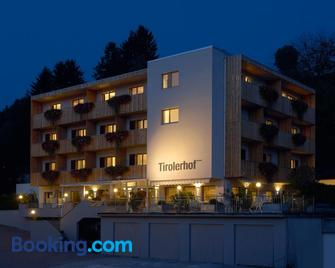 Hotel Tirolerhof - Rodeneck - Building