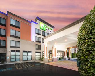 Holiday Inn Express & Suites Pasco-Tricities - Pasco - Building