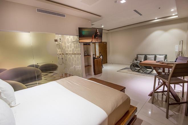 Sandrine Hotel & Spa - Shavei zion - Bedroom