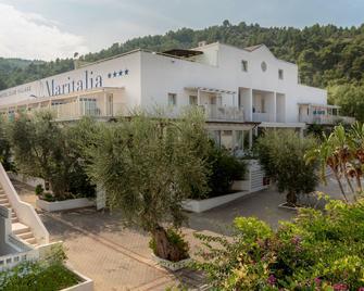 Maritalia Hotel Club Village - Peschici - Rakennus