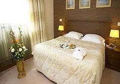 Hotel Vega Sofia - Sofia - Camera da letto