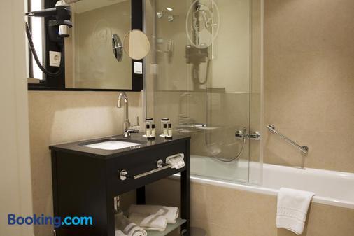 Victoria Hotel - Frankfurt/ Main - Phòng tắm