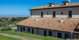 Residenza D'Epoca Pietra di Ponente - Ciampino