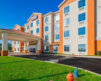 Comfort Inn & Suites Maingate South - Davenport - Gebouw