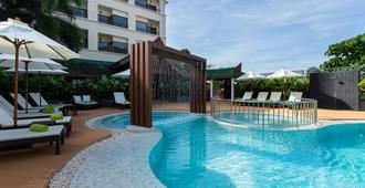 Krabi Heritage Hotel - Thị trấn Krabi - Bể bơi