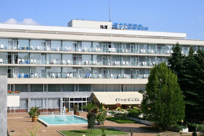 Spa Hotel Splendid - Piešťany - Building