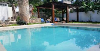 Casa San Roque Valladolid - Valladolid - Pool