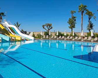 Hotel Grand Kaptan - Alanya - Pool