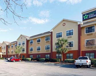 Extended Stay America Wilmington - New Centre Dr - Wilmington - Building