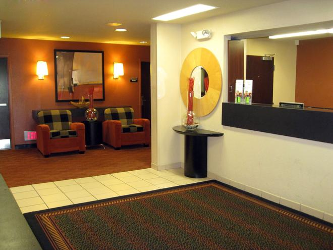 Extended Stay America - Wilmington - New Centre Drive - Wilmington - Lobby