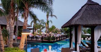 Asia Gardens Hotel & Thai Spa, a Royal Hideaway Hotel - Benidorm - Banquet hall