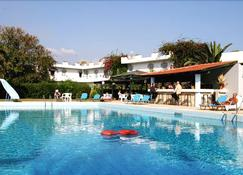 Gorgona Hotel - Heraklion - Pool