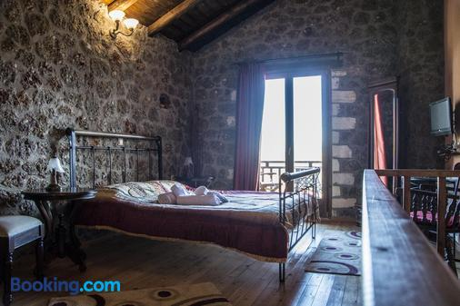 Theasis Guesthouse - Ano Trikala - Bedroom