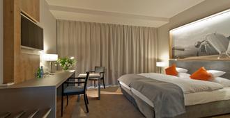 Hotel Forza - פוזנאן - חדר שינה