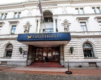 First Hotel Statt Karlskrona - Karlskrona - Building