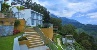Fragrant Nature Munnar - 'A Classified Five Star Hotel' - Munnar - Gebäude