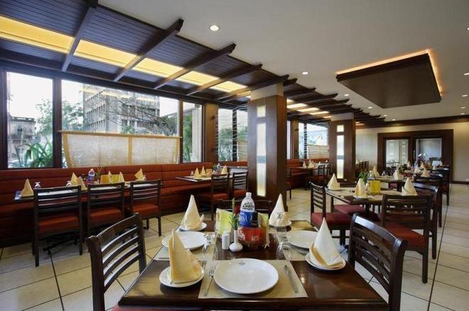 快捷塔酒店 - 瓦多達拉 - 巴羅達 - 餐廳