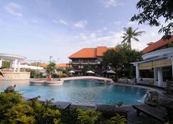 Melasti Beach Resort & Spa - Kuta - Pool