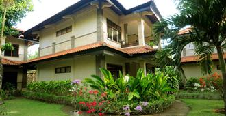 Melasti Beach Resort & Spa - Kuta