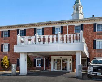Comfort Inn Auburn-Worcester - Auburn - Gebäude