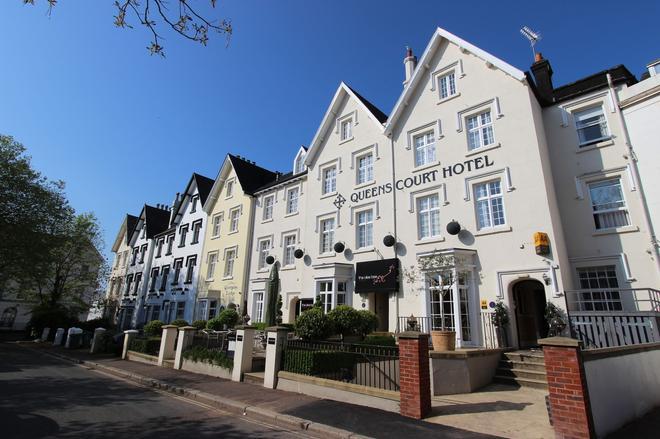 Queens Court Hotel - Exeter - Rakennus