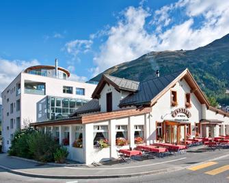 Hotel Station - Pontresina - Building