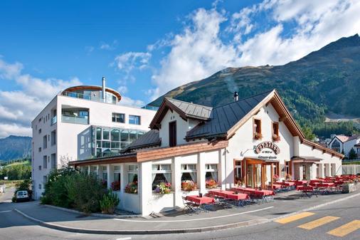 Hotel Station - Pontresina - Κτίριο