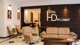 Hotel Diplomat - Tiflis - Vista del exterior