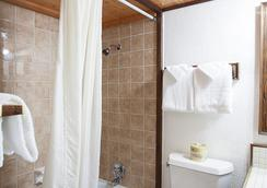Sequim West Inn - Sequim - Bathroom