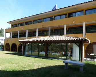 Best Western Gemenos en Provence - Gémenos - Building
