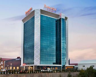 Ramada by Wyndham Sivas - Sivas - Building