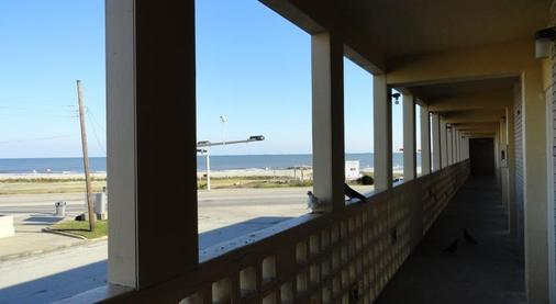 Pearl Inn - Galveston - Balcony