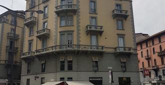 Aldebaran - Milan - Building