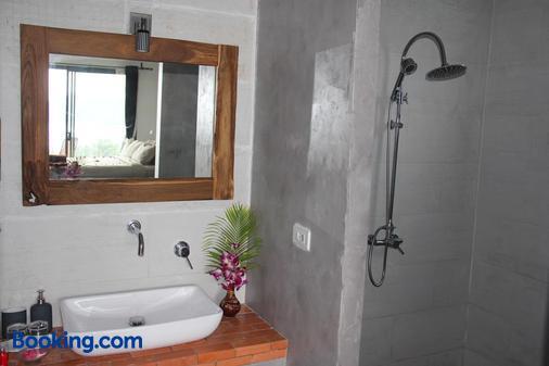 阿南凱拉別墅度假村 - 龜島 - 浴室