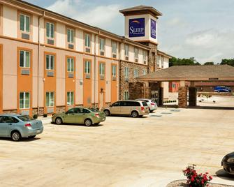 Sleep Inn & Suites Fort Scott - Fort Scott - Building