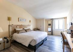 Hôtel La Fayette - Rochefort - Bedroom